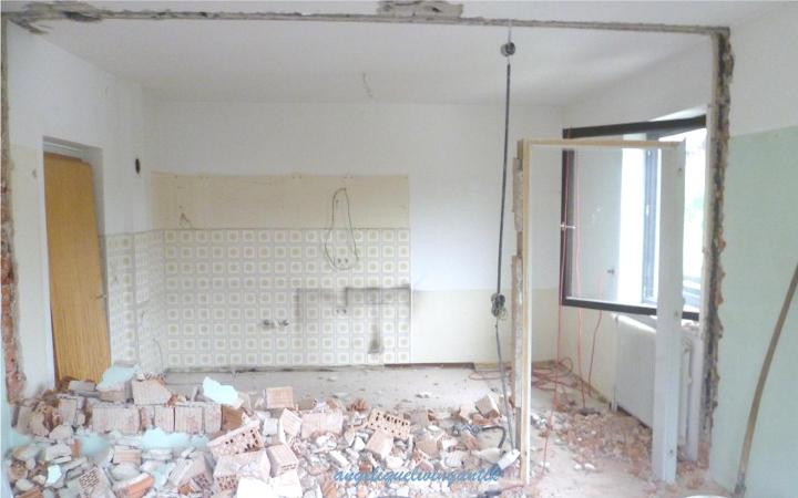 Küche und Wohnzimmer Bestand