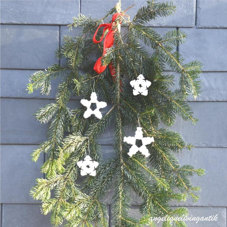 VARIANTE: Weihnachtssterne weiß