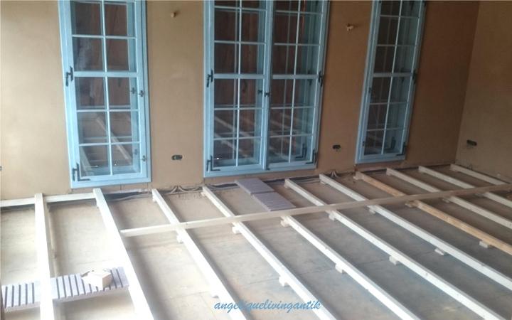 Bodenaufbau mit Holzkonstruktion ohne Estrich